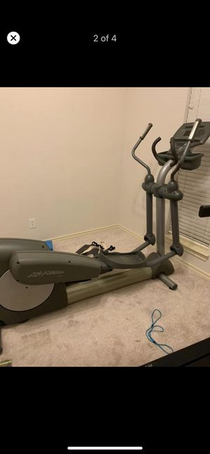 LifeFitness 91xi elliptical for Sale in Lewisville, TX