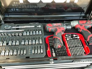 Tools in good condition Milwaukee set too everything special day for Sale in Los Angeles, CA