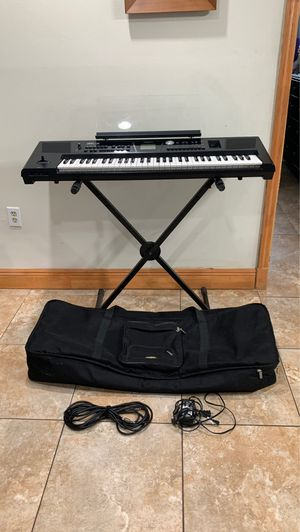 Roland BK-5 backing keyboard- everything included for Sale in Miami, FL