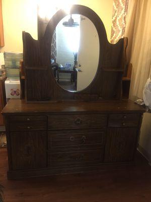 Dresser for Sale in Tucson, AZ