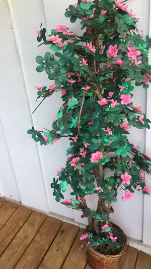 Decorative pink blossom tree for Sale in Burr Ridge, IL