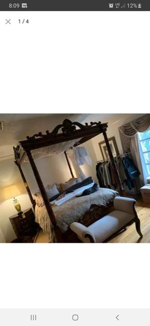QUEEN SIZE ORNATE WOOD 4 POST CANOPY BED!! for Sale in Miami, FL