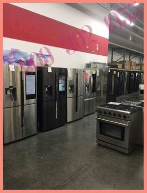 SAMSUNG French 4Doors Screen HUB Refrigerator for Sale in Chino Hills, CA