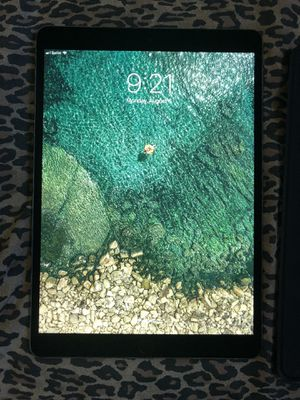 iPad Pro 10.5 for Sale in San Diego, CA