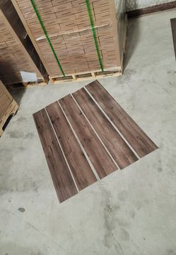 Luxury vinyl flooring!!! Only .88 cents a sq ft!! Liquidation close out! GQ for Sale in Houston,  TX