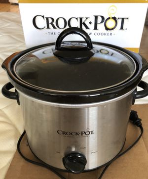 Crock pot slow cooker for Sale in Chicago, IL