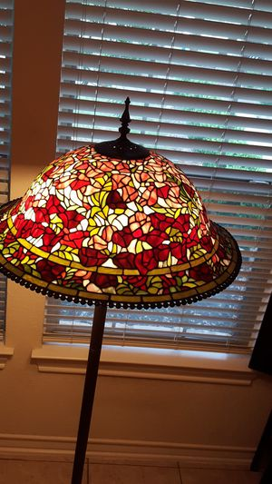 Beautiful Stain Glass Lamp for Sale in Spring Branch, TX