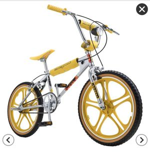 Stranger Things Mongoose BMX Bike Special Edition for Sale in Modesto, CA