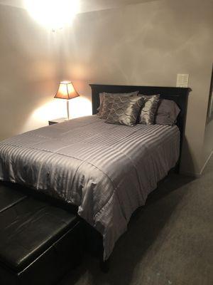 Queen Bedroom Set for Sale in West Des Moines, IA