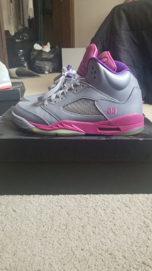 89dd7ea8cd02 GIRLS AIR JORDAN RETRO(GS) for Sale in Bedford Heights