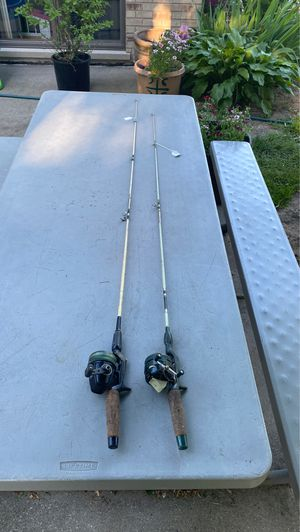 2 fishing poles and reels for Sale in McCook, IL