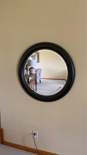 Wall mirror for Sale in MIDDLEBRG HTS, OH