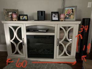 Mirrored entertainment stand / console with shelves for Sale in Buffalo, NY