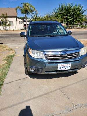 Subaru forester for Sale in Sanger, CA