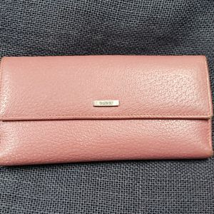 Authentic Gucci wallet for Sale in Swedesboro, NJ