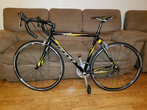 Felt carbon fiber bike with giant rims for Sale in Lauderhill, FL