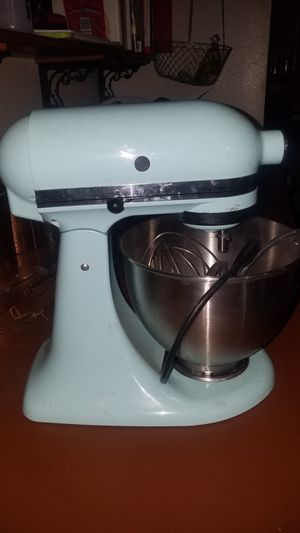 Kitchen Aid Baby blue counter Blender for Sale in Everett, WA