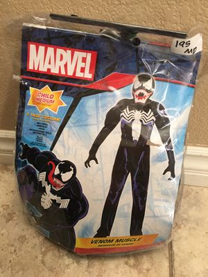 Boys venom costume size medium for Sale in Las Vegas, NV