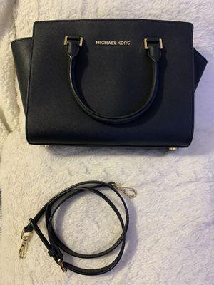 Michael Kors purse for Sale in Stockton, CA
