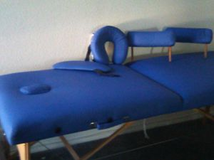 New massage table with massage therapy systems towel warmer 52 towels oils for Sale in Las Vegas, NV