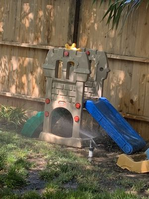 Toddler play slide - Little Tikes for Sale in Fresno, CA