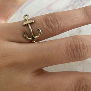 Free Anchor Ring for Sale in Los Angeles, CA