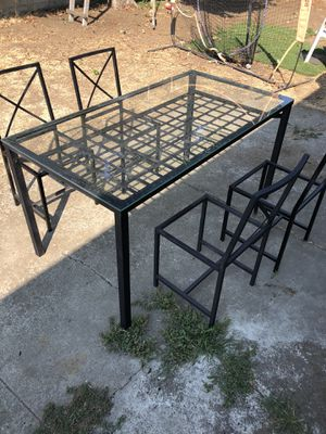Outdoor furniture set for Sale in Hayward, CA