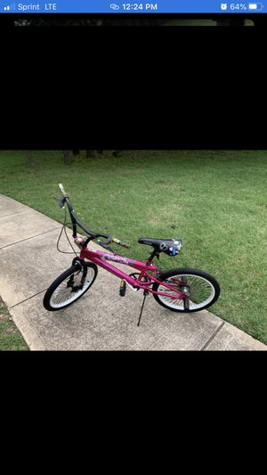 Pretty pink bike for Sale in Austin, TX