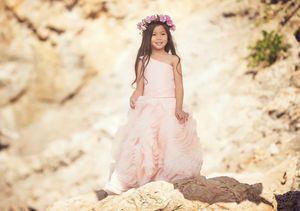 Girls flower dress size 4 Macis for Sale in Naperville, IL