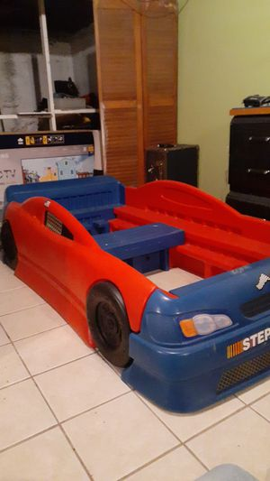 Twin car bed frame for Sale in Harrisburg, PA