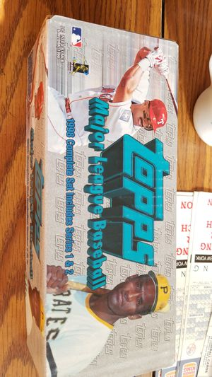 1998 topps complete factory set for Sale in Sunbury, OH