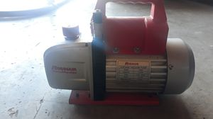 Robinair 2 stage 5cfm vacuum pump for Sale in Riverbank, CA