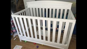 Baby crib and changing table for Sale in Bedford Park, IL