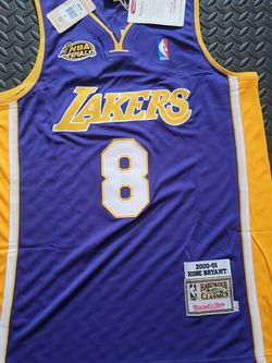 Kobe Bryant- Lakers- Medium or Large for Sale in Schaumburg,  IL