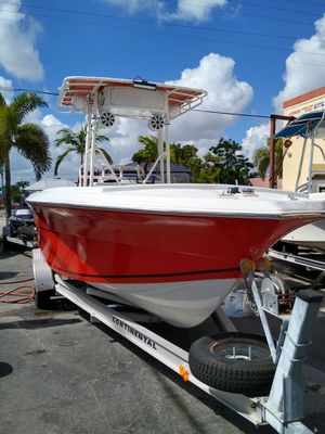 Angler 22 trade welcome baby love for Sale in Hialeah, FL