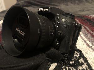 Professional Nikon D7100 DSLR Camera w/ Custom 35mm 1.8 Lens BARELY USED for Sale in Henderson, NV