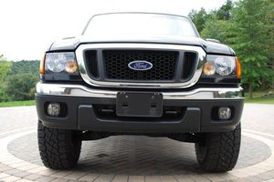 For sale.Ford Ranger 2004 Truck /AwdWheels for Sale in Tampa, FL