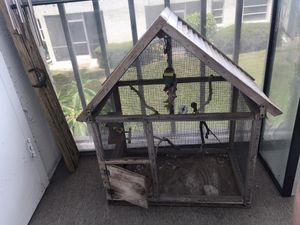 Free Bird cage aviary for Sale in Clearwater, FL