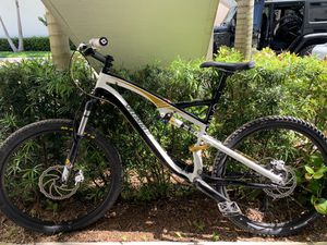 Specialized Camber Elite Full Suspension Mountain Bike for Sale in Hialeah, FL