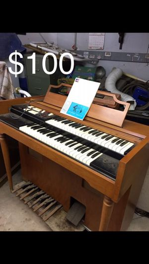 Lowery Organ for Sale in Ramona, CA