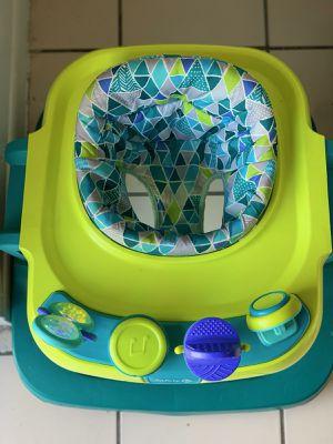 Walker toddler (safety first walker for Sale in Hialeah, FL