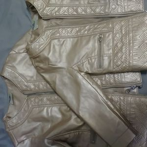 GIRLS GENUINE KIDS from OSHKOSH ...GOLD faux leather jackets...purchased for special occasion...worn ONCE 18mos. And 4T for Sale in Chicago, IL
