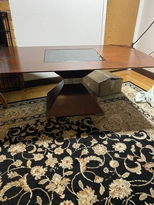 Coffee table for Sale in Daly City, CA