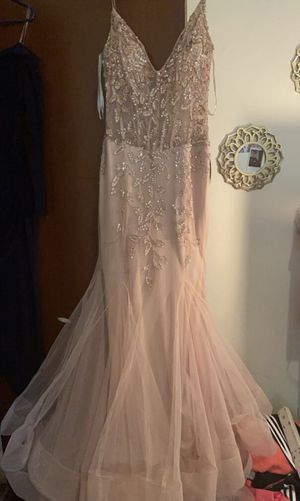 PINK/ GOLD PROM DRESS SIZE 8 for Sale in Columbus, OH