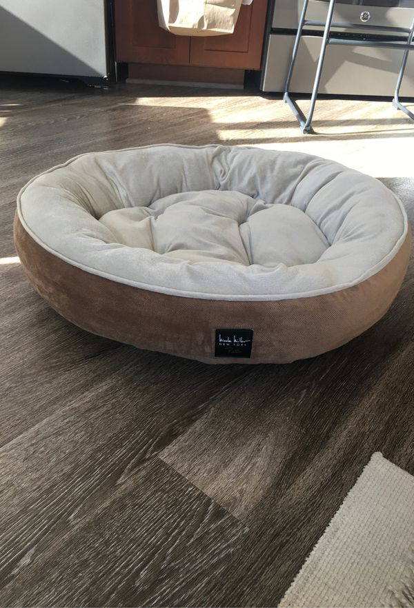 Nicole Miller Dog Bed