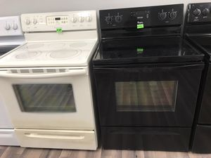 🔥🔥WHIRLPOOL BLACK ELECTRIC STOVE🔥🔥90 DAYS WARRANTY🔥🔥 for Sale in Gastonia, NC