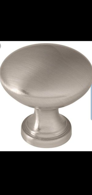 Cabinet hardware door and drawer knobs brush nickel 40pcs for Sale in Lathrop, CA