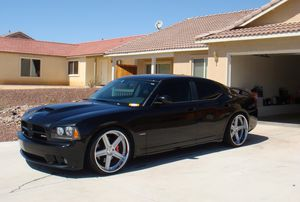 1000$Great2006 Dodge Charger for Sale in Long Beach, CA