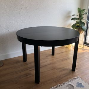 IKEA Bjursta Extendable Dining Table for Sale in Los Angeles, CA