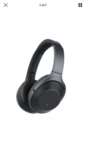 Sony Noise Canceling Headphones WH-1000xm2 for Sale in Washington, DC